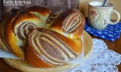 Bread Display, Hungarian Recipes, Bread Rolls, Yummy Food, Naan, Baking, Breakfast, Rum, Cakes