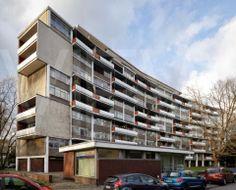 Interbau Apartment House / Oscar Niemeyer