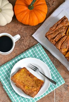 Pumpkin Pull Apart Bread | The Law Student's Wife |