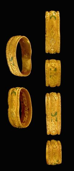 Gold posy ring of sixteenth or early seventeenth century date, Europe.