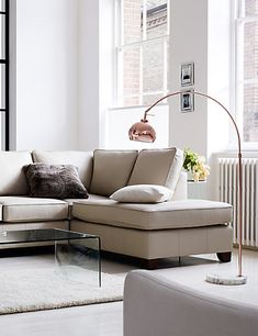 Find your favorite Minimalist living room photos here. Browse through images of inspiring Minimalist living room ideas to create your perfect home. Room, Dining Room Lighting, Living Room Flooring, Beautiful Floor Lamps, Cool Floor Lamps, Floor Lamp Bedroom, Curved Floor Lamp, Lamps Living Room, Floor Lamps Living Room