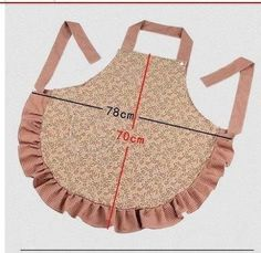 -apron ~ like the snap on the neck time. Sewing Hacks, Sewing Crafts, Sewing Projects, Sewing Aprons, Sewing Clothes, Easy Apron Pattern, Cute Aprons, Apron Designs, Aprons Vintage