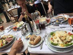 #Casino Всем во всех странах мира-приятного аппетита!.В Монако приехали очень голодные финские туристы #приятногоаппетита #monaco #кафе #вкусно #люблю #жить #хорошо #отдыхаем by valentina_lyyski from #Montecarlo #Monaco