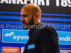 Roland Vrabec, Chef-Trainer des FSV Frankfurt. Fsv Frankfurt, Trainers, Tennis, Athletic Shoes, Sweat Pants, Sneaker