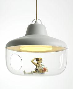 een lamp om je leukste hebbedingetjes extra in het zonnetje te kunnen zetten.