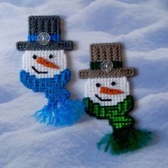 Plastic Canvas: Snowy Gents Magnets (set of 2 snowmen) by ReadySetSewbyEvie on Etsy