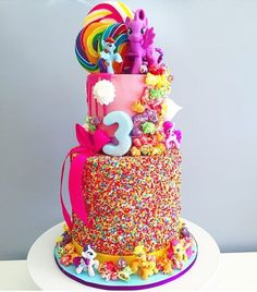 Wow @blondebakingmama such a bright fun cake I'd completely forgotten about My Little Pony to I was reminded with that cute horse on the cake#80skid #perthfood #pertheats #perthcakes #perthmum #perthkids #theperthcollective