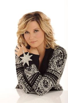 The Great Jennifer Nettles Jennifer Nettles Hair, Most Beautiful, Beautiful Women, Country Music Stars, Yesterday And Today, Country Girls, Rock And Roll, Singer, Female