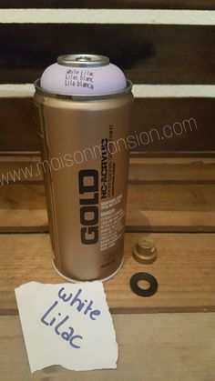 Montana GOLD spuitbus White Lilac 400 ml - Een topmerk met een topproduct in een diverse kleuren. Snel droog, snel overschilderbaar, maximale pigmentatie, weinig lopers en met alle spraycaps te combineren.