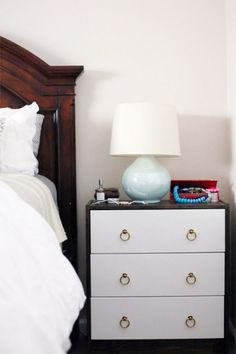 EASY IKEA Rack upgrade make it an awesome addition to any bedroom!