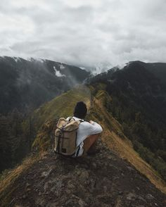 "23.8K 次赞、 178 条评论 - Rodrigo Trevino (@rodtrvn) 在 Instagram 发布:""Hiking around Oregon with my @pandco gear."""