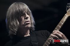 Mike Stern http://www.soundgrapher.com/photolive-mike-stern-roma-14072013/