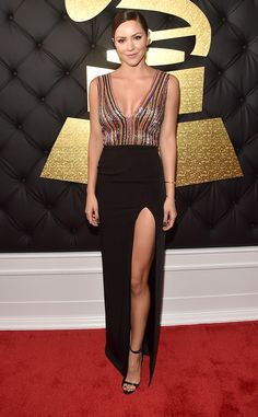 2017 Grammys: Katharine McPhee wore a beaded Thai Nguyen gown with a black skirt and slit. I love the beading on the bodice.