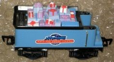 Rudolph Red Nose Express Train Freight Car Gifts Presents Island Misfit Toys Playing Mantis 2001 $6.50