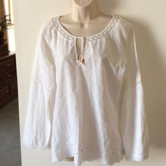 Old Navy white eyelet tunic Lovely, soft 100% cotton, crocheted lace at cuffs and neckline.   Beautiful condition. Old Navy Tops Tunics