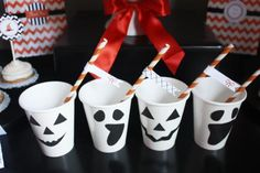 halloween_party_cups_4.png 590×393 Pixel