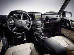 Mercedes G550 interior