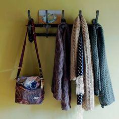 Echarpes tricotées aux points ajourés, point de chandelle et point de vague ajouré n°80