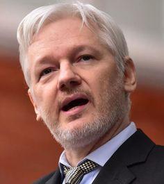 Julian Assange 03-07-1978 Australische journalist, programmeur (voormalige hacker) en internetactivist.  Assange richtte in 2006 WikiLeaks op. Sinds bekend werd dat hij betrokken is bij WikiLeaks had hij geen vaste woon- of verblijfplaats meer; hij sliep op luchthavens en bij vrienden  om te voorkomen dat hij in handen zou vallen van Amerikaanse veiligheidsdiensten.  https://youtu.be/iJapoDFeNyg