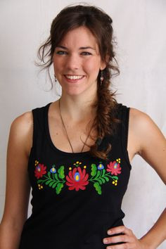 Hungarian Embroidery Ideas HAND PAINTED hungarian folk art sleeveless top by LiliFolkShop - Mexican Embroidery, Hungarian Embroidery, Learn Embroidery, Hand Embroidery, Diy Clothes Projects, Hand Painted Fabric, Kurti Collection, Crochet Shirt, Embroidered Blouse