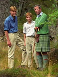 Prince William, Prince Harry and Prince Charles. Related to Prince Charles through the Queen Mother and related to the Princes also through their mother, Diana. Prince Charles, Charles And Diana, Prince Henry, Royal Prince, Prince And Princess, Prince Harry Of Wales, Prince William And Harry, Prince Harry And Meghan, Lady Diana