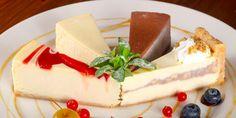 11 лучших рецептов чизкейка: от классики к экспериментам - Лайфхакер Food Decoration, Fun Cooking, Desert Recipes, Baking Recipes, Cheesecake, Deserts, Food, Cooking Recipes, Cheese Pies