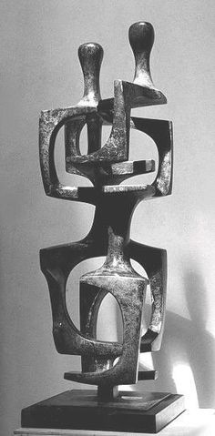 """Barbara Hepworth She was an English artist and sculptor. Her work exemplifies Modernism and in particular modern sculpture. She was """"one of the few women artists to achieve international prominence. Cubist Sculpture, Sculpture Metal, Barbara Hepworth, Arte Popular, Cubism, Oeuvre D'art, Metal Art, Contemporary Art, Ceramics"""