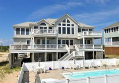 Twiddy Outer Banks Vacation Home - Idyll Time - 4x4 - Oceanfront - 8 Bedrooms