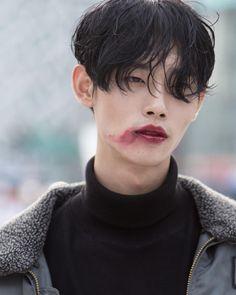Resultado de imagen de Park Taemin at Seoul Fashion Week S/S
