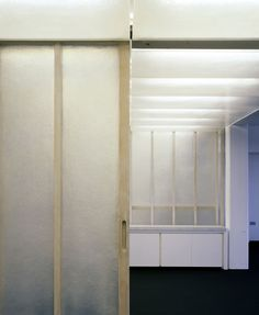 Fibreglass Partitions. DRDH Architects