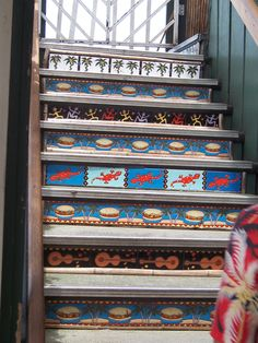 Tile risers at Jimmy Buffet's place, Lahaina, Maui.  This is what started my obsession with painted and tile stair risers.