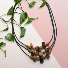 Our olive and cherry wood collier Cherry, Handmade Jewelry, Beaded Necklace, Jewels, Wood, Beaded Collar, Pearl Necklace, Woodwind Instrument, Timber Wood