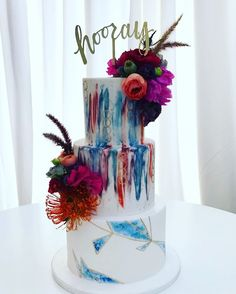 Hooray for Aly and Josh celebrating their wedding today at  @ocmuseumofart. How amazing and unique is that choice of venue! This hand painted cake mimics the couple's invitation and highlights the jewel tones of the decor. Amazing bold and bright florals by @foxtail_florals and splendidly thorough coordination by @thedayyourway. Congrats you two and have a wonderful night! So thankful to be a part of your wedding ❤️❤️❤️ #marianicoletticakes #rooneygirl #wedding #weddingcakes #weddingcake…