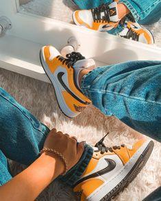 Pictures Of Shoes, Designer High Heels, Jordan 1, Shoes Pic, Air Jordans, Kicks, Footwear, Instagram, Sneakers