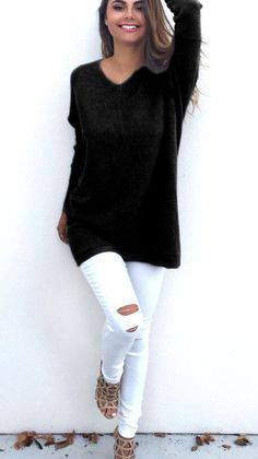 This long loose pullover sweater featured with plain pattern and batwing. It looks so unique and wonderful. The most attractive feature is the cuff which likes a batwing especially with the loose styl