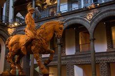 Terra, la materia como idea de Javier Marín, se exhibe en el #PalaciodeIturbide en el Centro Histórico de la Ciudad de México. #Escultura, #Barro, #Clay, #Sculpture. #CorpusTerra Javier Marín.  ARCA - Javier Marín. Terra @Antiguo Palacio de Iturbide - ARCA