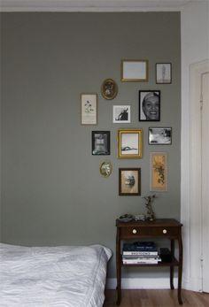 """Das GRAU könnte es werden. Super zarter Ton, kann man für eine ganze Wand nutzen. Farbe von """"Schöner Wohnen"""", Nr. 04.015.05"""