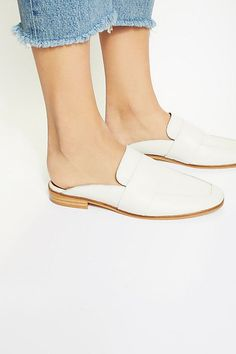 05254eef6e9 1399 Best Oh for the love of Shoes! images in 2019