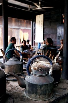Relaxing at old Sichuan tea house, photo via The World of Chinese. www.teacampaign.ca  Source: see below. #chinesetea