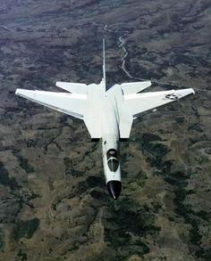 North-American-A-5-Vigilante-004.preview.jpg (JPEG-Grafik, 500 × 622…