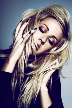 As Ellie Goulding's North American tour heats up, we sit down with her for a minute - read the interview here.