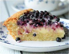 Mustikka-jogurttipiirakka Apple Pie Recipes, Baking Recipes, Cake Recipes, Dessert Recipes, A Food, Food And Drink, Sweet Bakery, Sweet Pastries, Sweet Pie