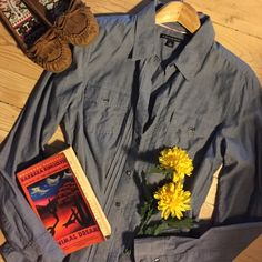 Listing | Banana Republic Top  Blue long sleeve button down shirt with pockets.  100% cotton.  In excellent condition. Banana Republic Tops Button Down Shirts