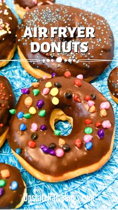 Easy To Make Desserts, Unique Desserts, Köstliche Desserts, Delicious Desserts, Dessert Recipes, Breakfast Recipes, Semi Sweet Chocolate Chips, Chocolate Donuts, Chocolate Glaze