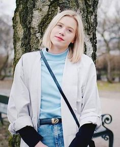 cop that white jacket, cardigan or whatever is that called Noora Skam Style, Noora And William, Scandinavian Fashion, H Style, Before Us, Famous Women, Fashion Outfits, Womens Fashion, Capsule Wardrobe