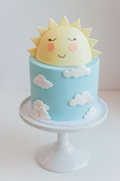 Your little one's birthday is coming up so what better way to express the joy and delight they have brought into your lives than with a sweet sunshine and cloud themed party! Being inspired by the sunshine plates & cloud napkins from Ruby Rabbit Partyware, Kendra and Som show us how it's done with their son, Kai's,…