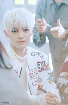 taeyong and nct u image