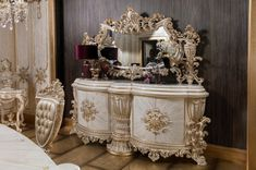 Luxury Dining Room, Victorian Fashion, Entryway Tables, Buffet, Mirror, Furniture, Home Decor, Style, Swag