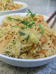rice stick noodles with vegetables, egg and airlinepeanuts | thought for food