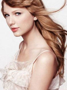 pretty dewy makeup - Taylor Swift Brunette CoverGirl